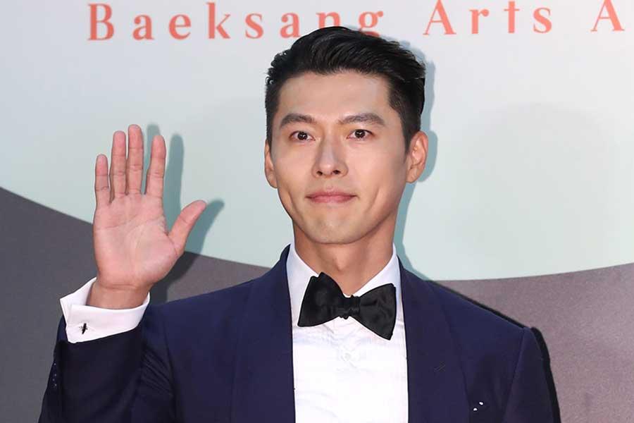 「愛の不時着」主演の韓国俳優ヒョンビン ウワサされるお相手と親孝行な素顔
