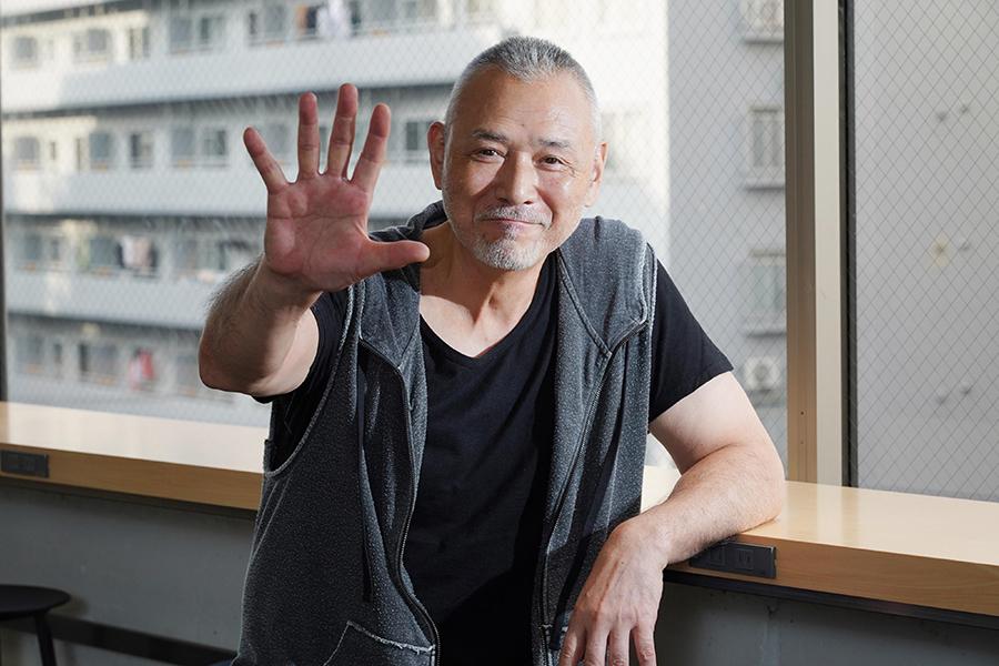 偶然が積み重なって俳優になり43年の木之元亮さん【写真:山口比佐夫】