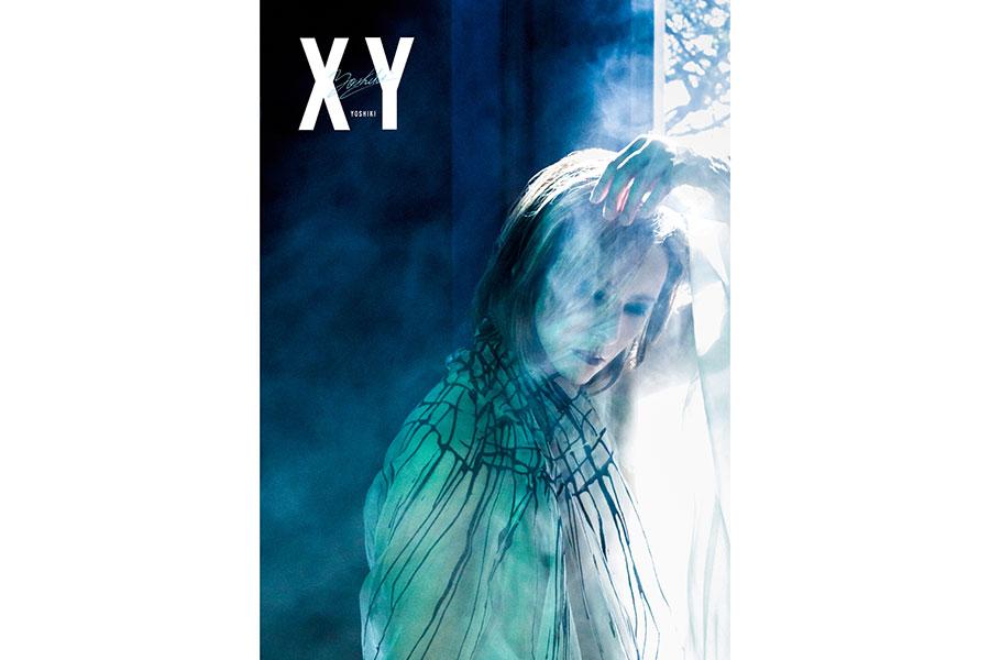 YOSHIKI、28年ぶり写真集「XY」に予約殺到 妖艶な未公開カット解禁