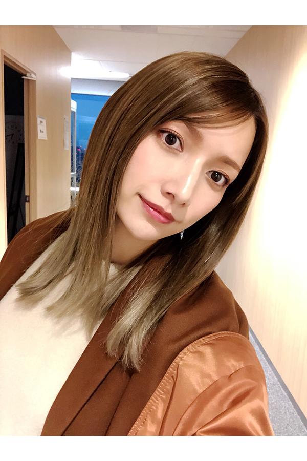 "AKB48との""夢コラボ""の舞台裏を公開した後藤真希"