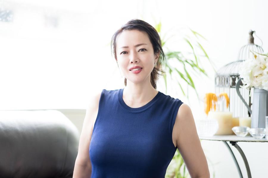 パワフル女性社長として活躍を見せる西村紗江子さん【写真:荒川祐史】