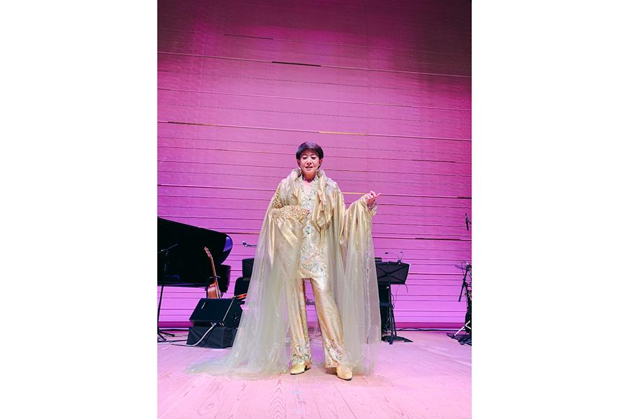 美川憲一、元宝塚トップスターとの2S披露 コラボ公演で「実は。大ファンだったのよ」