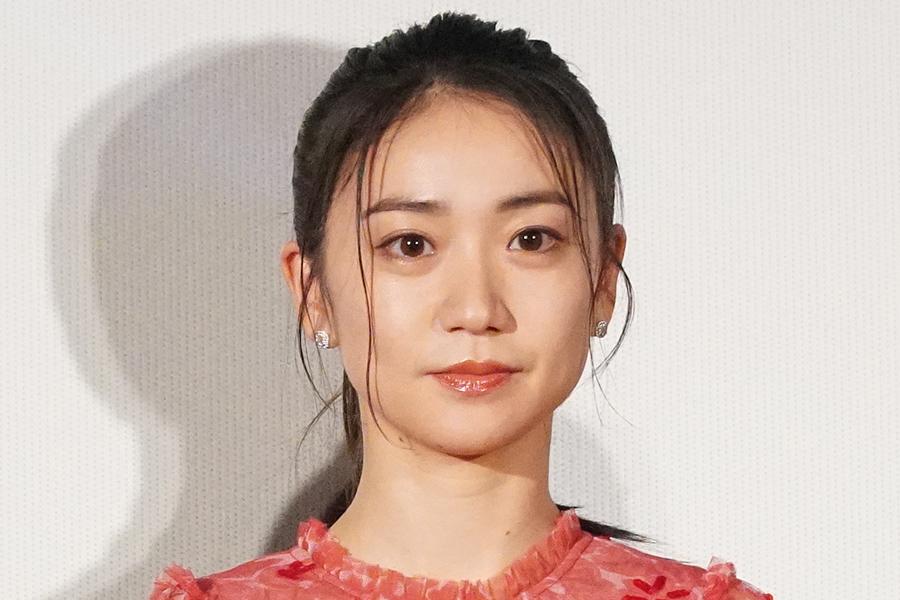 大島優子、「念願の妖怪デビュー」雪女姿を披露 ホラー系ショットにファンくぎ付け