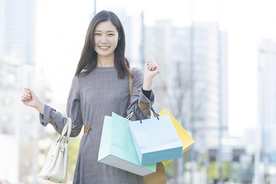 7割以上の女性が「1年間自分は頑張った」 自分にご褒美約6割、平均予算1万9636円