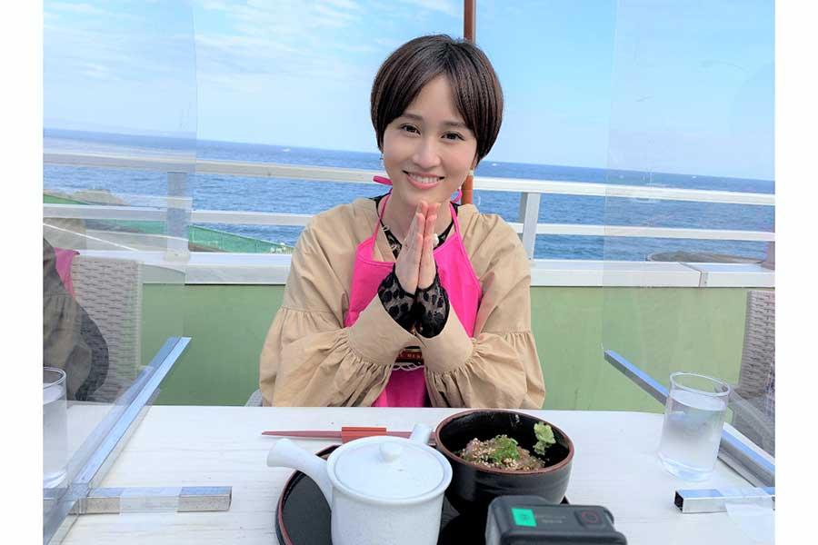 大食いバラエティー初挑戦の前田敦子【写真:(C)TBS】