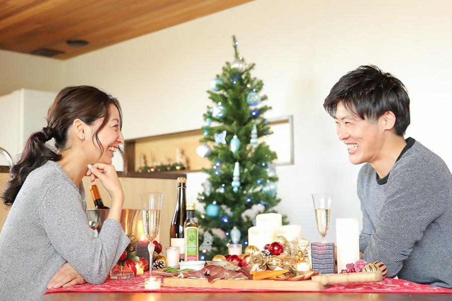 """コロナ禍「理想のクリスマス」はお家デートで決まり!? 今年は""""サプライズ""""に変化も"""