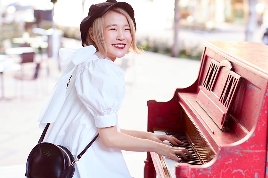 人気ピアニストYouTuberのハラミちゃん