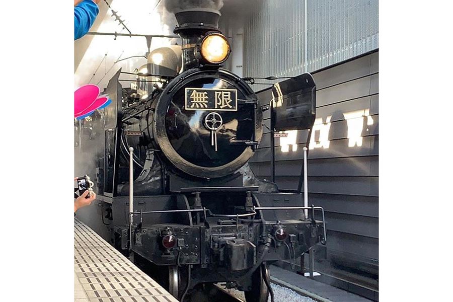 臨時列車「SL鬼滅の刃」【写真:インスタグラム(@jr_kumamoto_official)より】