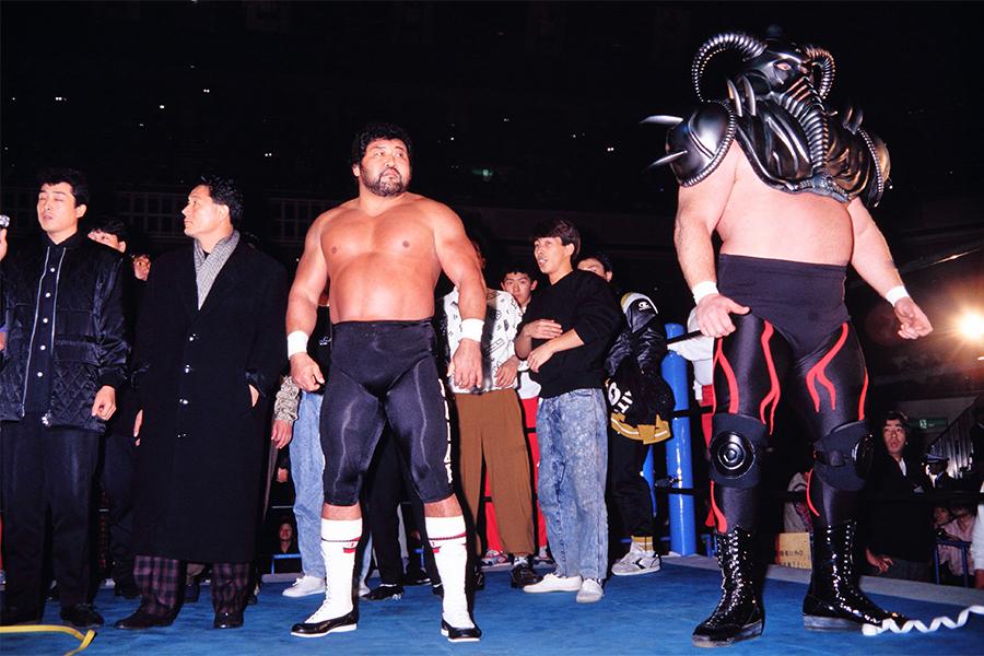 ビートたけし率いるTPGが両国のリングをジャック(87年12月)【写真:平工 幸雄】