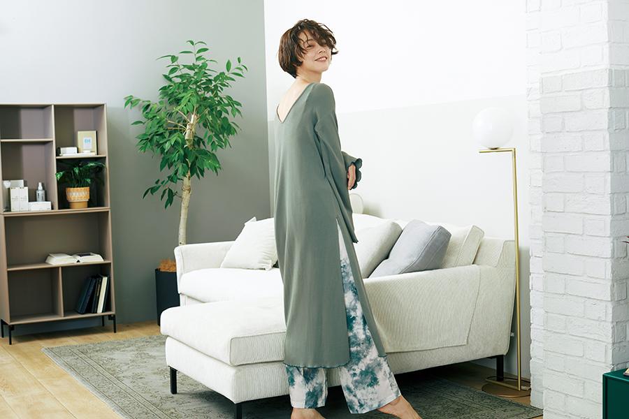 浅見れいな、高田秋がロペピクニックとコラボ ニューノーマルを楽しむ洋服