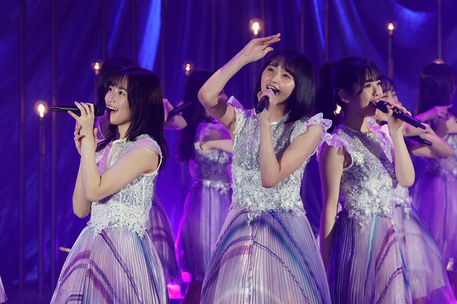 同時視聴者数18万人 乃木坂46の4期生ライブはヒット曲のオンパレード
