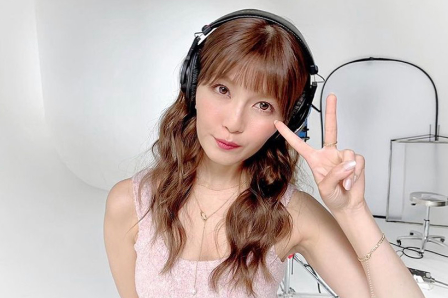 AAA宇野実彩子、乃木坂46「インフルエンサー」を歌ってみた キュートな衣装と歌声、ダンスに喝采