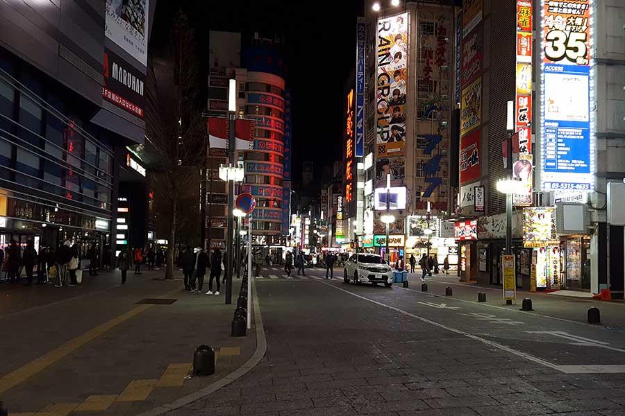 ルポ「東京大歓楽街」 緊急事態宣言初日の夜はいかに? 上野、新宿のにぎわい続く