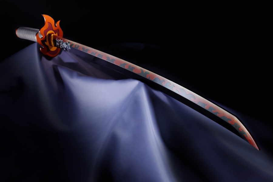「鬼滅の刃」煉獄杏寿郎の「日輪刀」をリアルに再現【写真:(C)吾峠呼世晴/集英社・アニプレックス・ufotable】