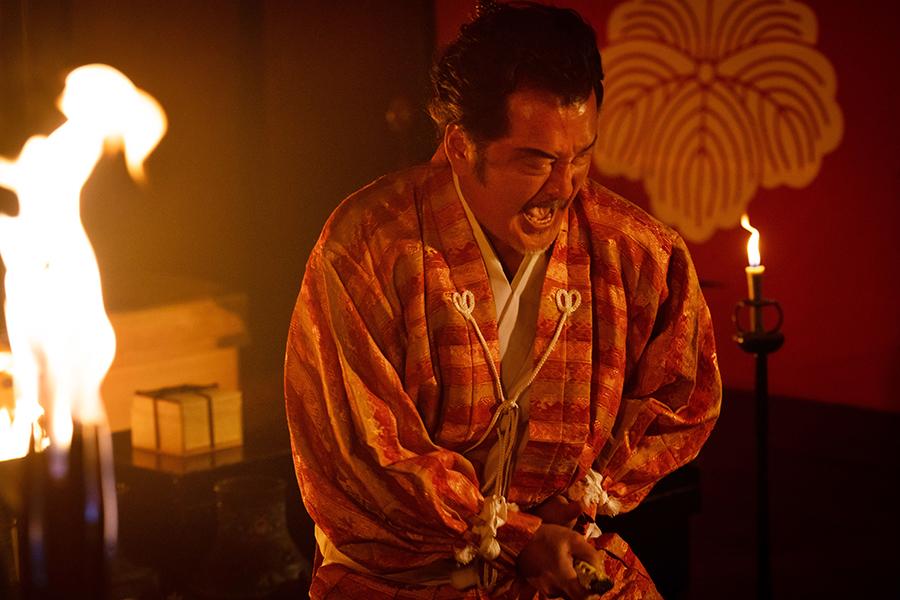 吉田鋼太郎が「麒麟がくる」松永久秀の最期の場面に込めた思い「光秀ありがとう」