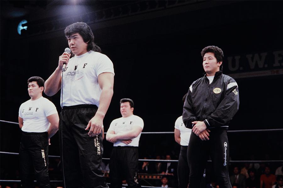 船木優治と鈴木実がUWF入団発表(89年4月)【写真:平工 幸雄】