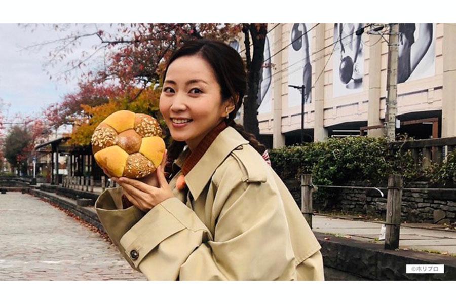 木南晴夏が出演する「パン旅。」の新シリーズが決定【写真:(C)ホリプロ】