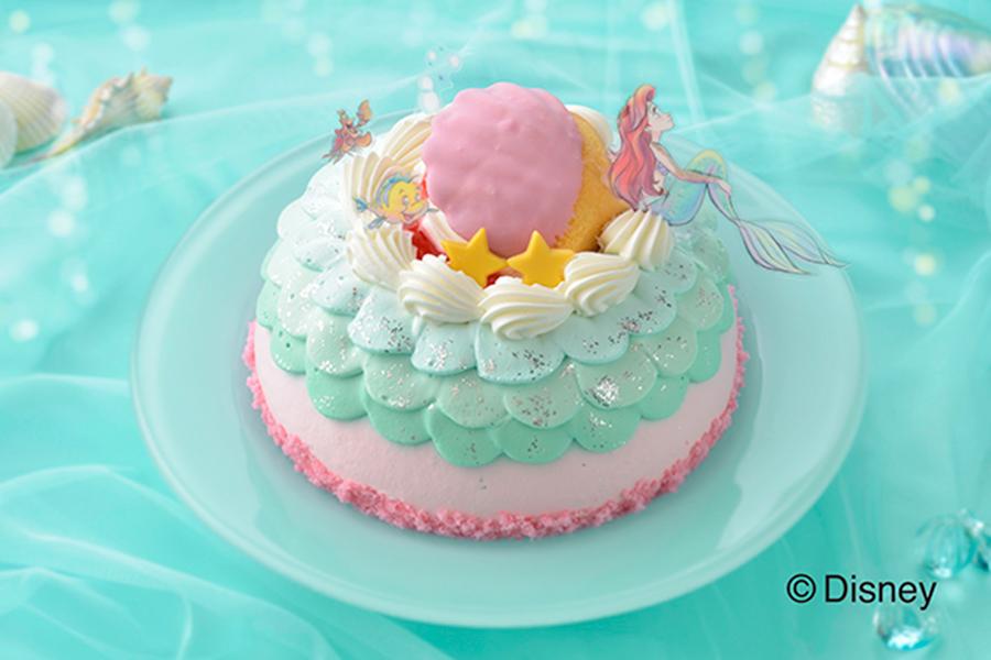 アリエルが暮らす海の王国をケーキで表現【写真:(C)Disney】