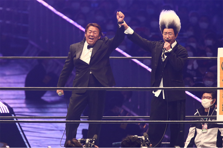 木梨憲武扮するドン・キナシと長州力が東京ドームに登場 パワーホール轟く