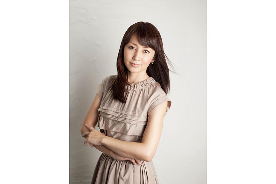 矢田亜希子、「ウチ彼」で豊川悦司と26年ぶり共演「驚きとうれしさでいっぱい」