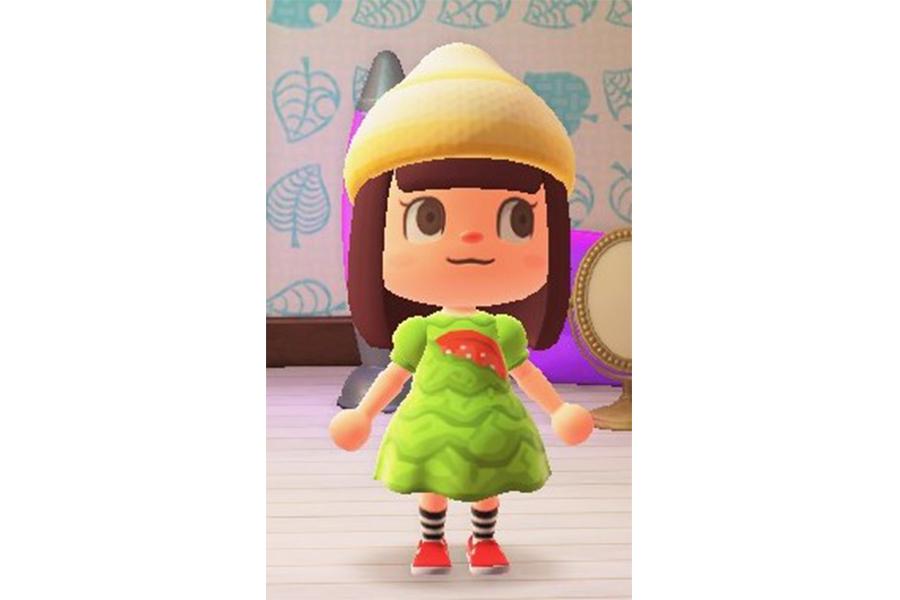 「あつまれ どうぶつの森」×モスバーガーのコラボ 菜摘ドレス&マヨキャップ着用