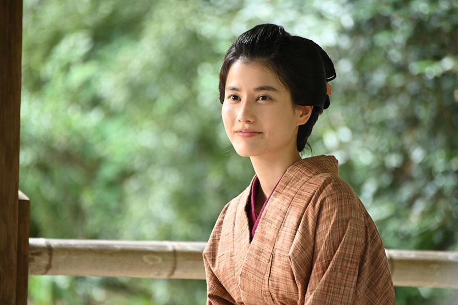 橋本愛、渋沢栄一の妻演じ夫婦の胸キュンシーンに「女子は泡を吹いて倒れるかも」