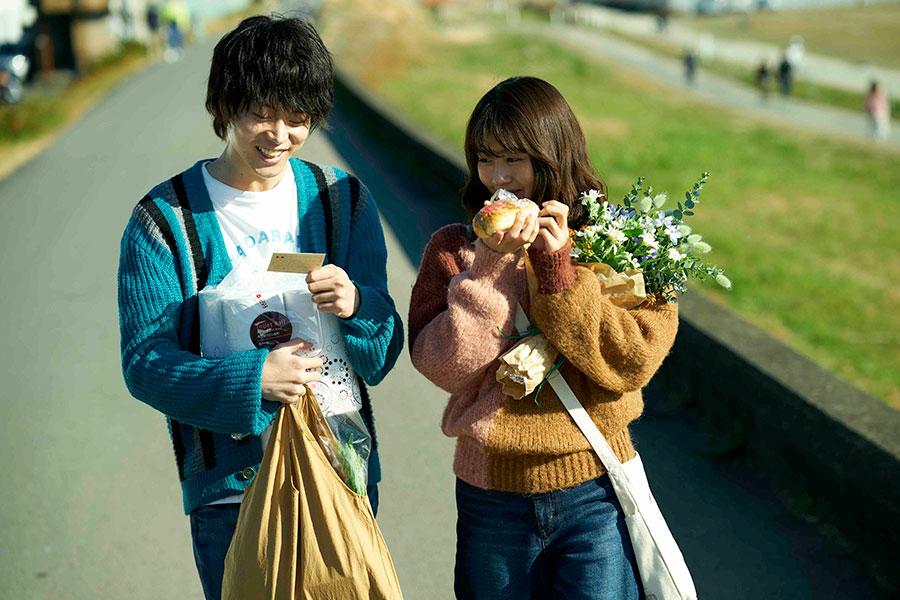 菅田将暉と有村架純のW主演映画「花束みたいな恋をした」【写真:(C)2021『花束みたいな恋をした』製作委員会】