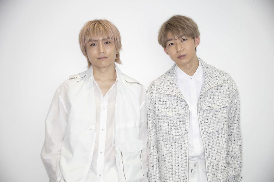 インタビューに応じたD.Y.Tの千田耀太(左)と菅野陽太【写真:山口比佐夫】