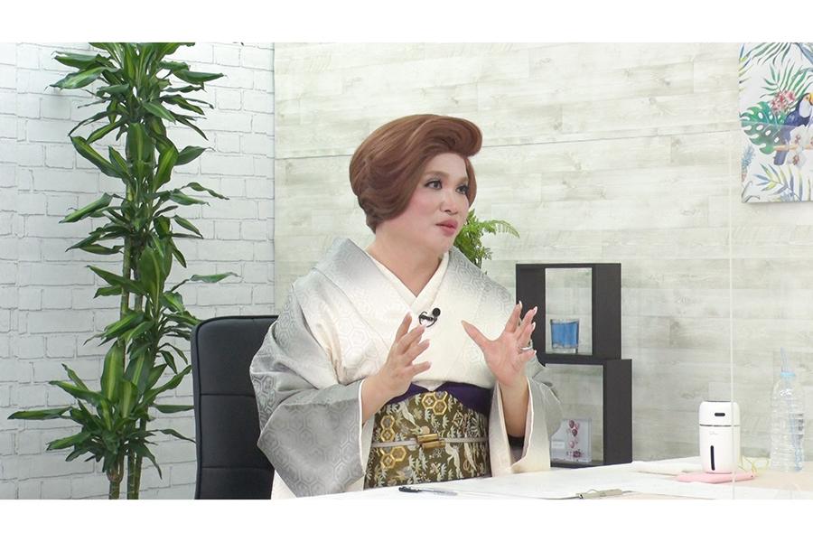 IKKO&浅田舞、波乱万丈の家族物語を振り返る「突然ですが占ってもいいですか?」に登場