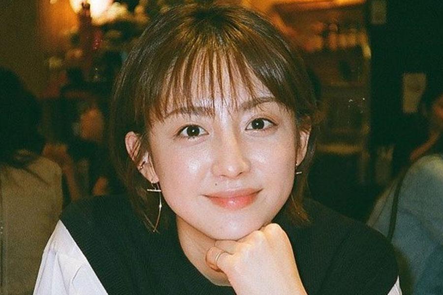 フジ宮司愛海アナ、きょうだい雑魚寝ショット公開 中学卒業まで「家族5人雑魚寝でした笑」