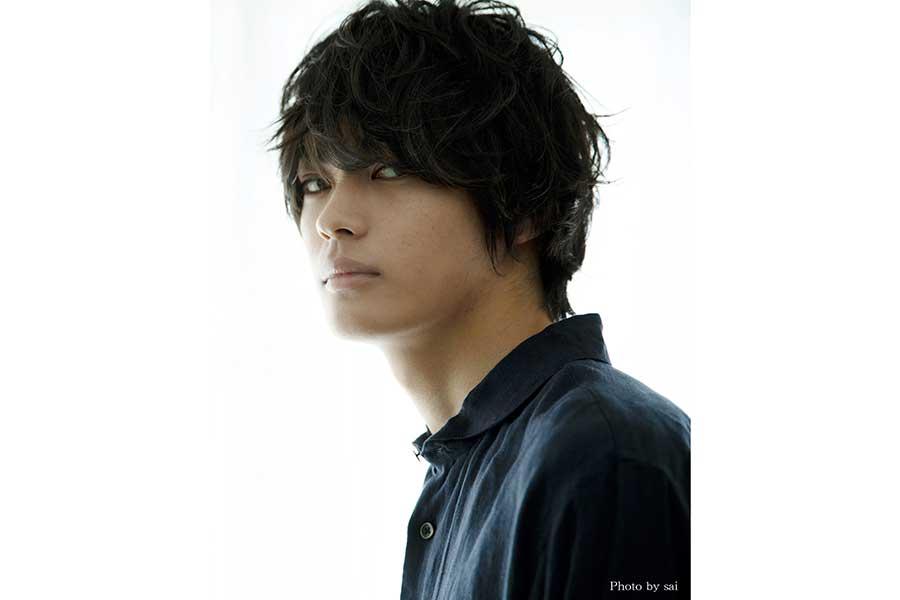 神尾楓珠、映画初主演が決定 秋公開「彼女が好きなものは」で葛藤する男子高校生役に
