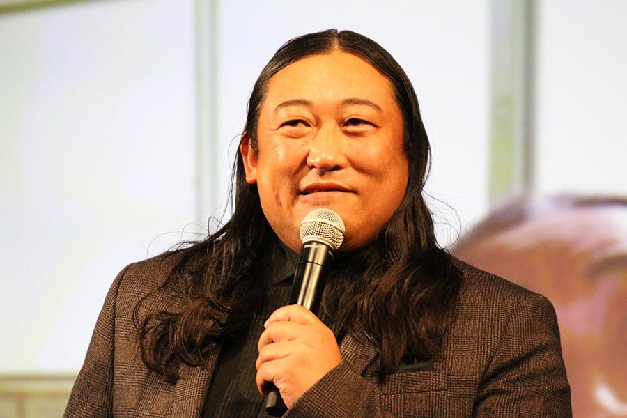 ロバート秋山、20年前のシャープな姿に驚きの声「別人みたい」「痩せてる」