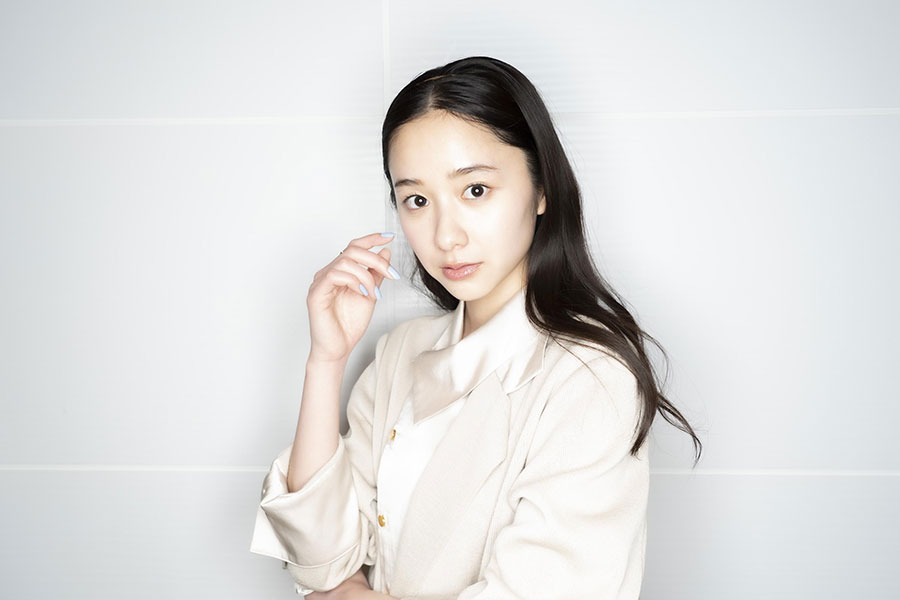 インタビューに応じた堀田真由【写真:山口比佐夫】