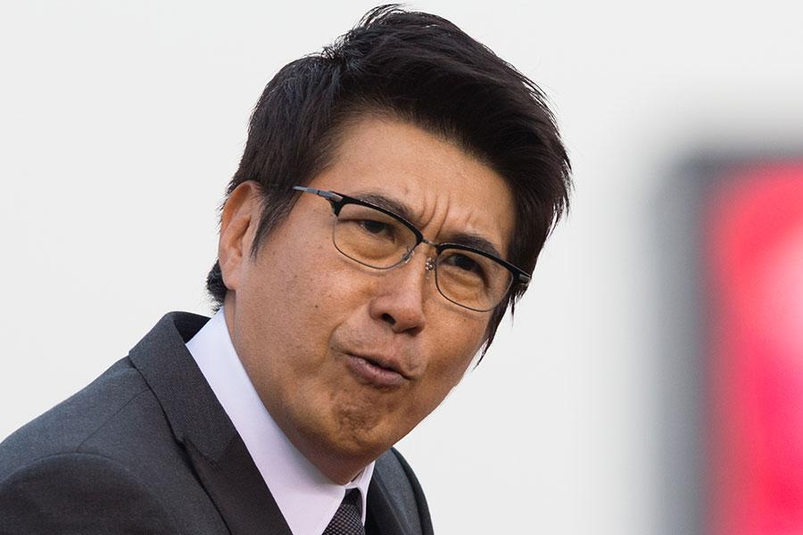 石橋貴明、佐々木朗希の眼前で始球式「私、160キロ、出ていましたよね?(笑)」