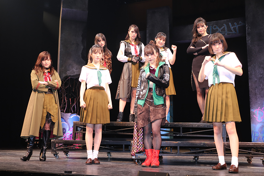 AKB48小栗有以「華麗な回し蹴りをお見舞いします」 主演舞台への意気込みを語る