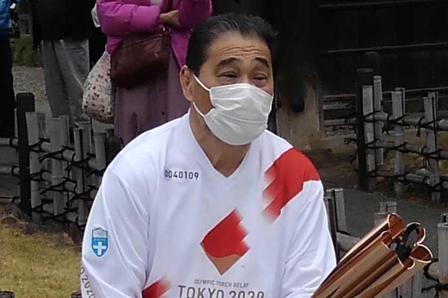 聖火ランナーで41年前のリベンジを果たした谷津嘉章 次は義足レスラーとしてリングに立つ