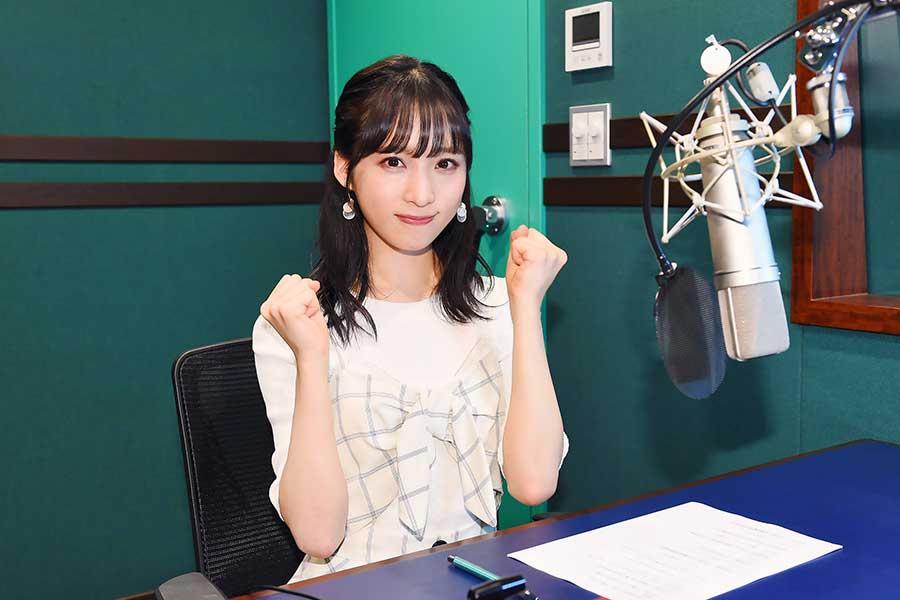 「THE 名門校!日本全国すごい学校名鑑」の新ナレーターに就任する「AKB48」小栗有以【写真:(C)BSテレ東】