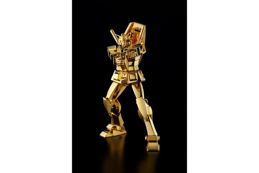 2640万円の24金製「ガンダム」「シャア専用ザク」が登場! 黄金の輝きと卓越した職人芸