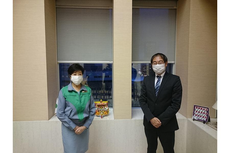 小池百合子都知事、「東京へ来ないで」の真意は? 日本のワクチン接種の遅れ指摘