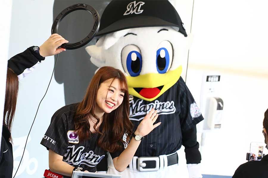 どんなときも笑顔!千葉ロッテ公式チア「M☆Splash!!」のASUKA【写真:安藤かなみ】