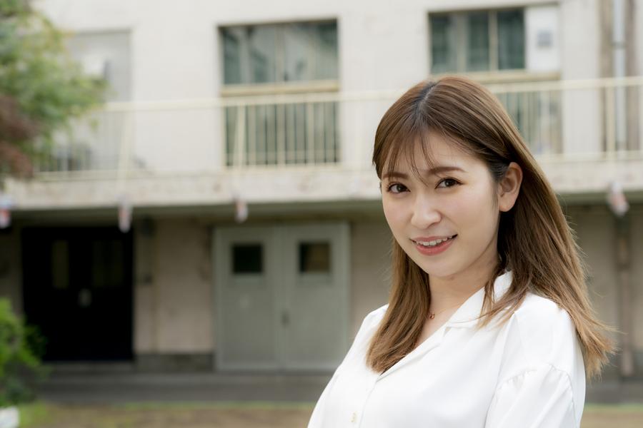 「美笑女グランプリ2021」スペシャルサポーターを務める吉田朱里【写真:山口比佐夫】