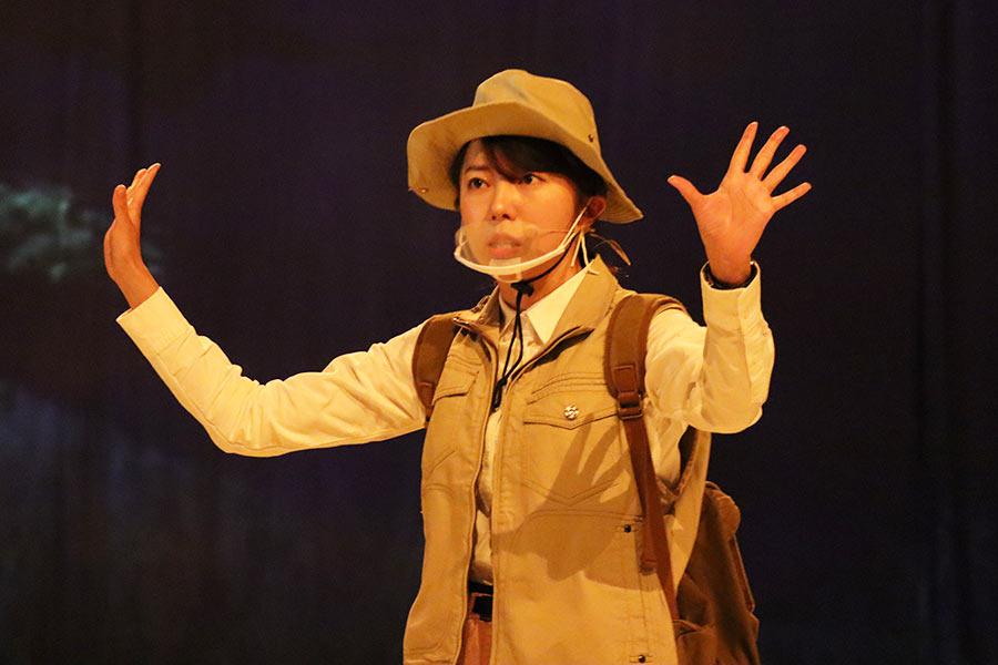 体験型恐竜ライブのゲネプロを行った中村麻里子【写真:ENCOUNT編集部】