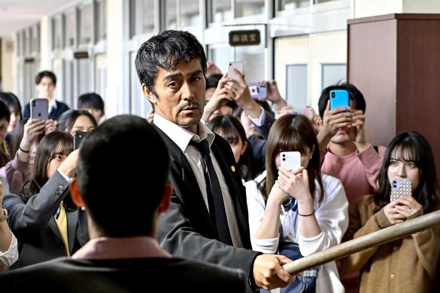 ツイッター世界トレンド1位も獲得した「ドラゴン桜」【写真:(C)TBS】