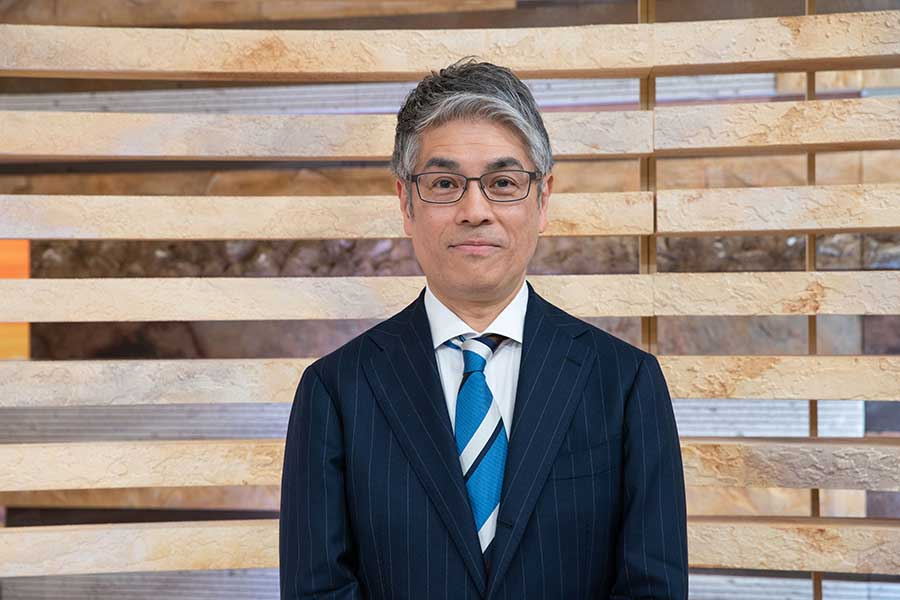 NHK「ニュースウオッチ9」のキャスターを務める田中正良氏【写真:(C)NHK】