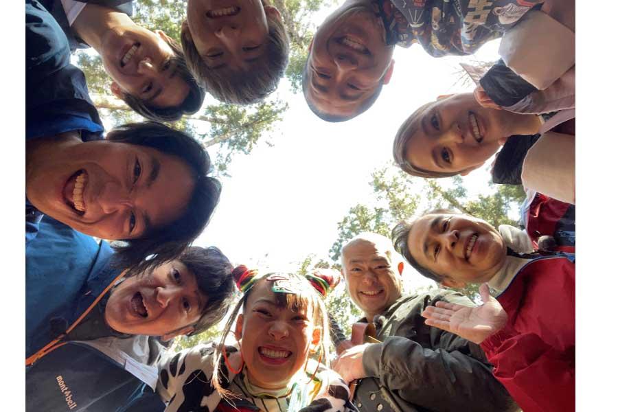 「アイ・アム・冒険少年」メンバー全員でサバイバルロケが敢行された【写真:(C)TBS】