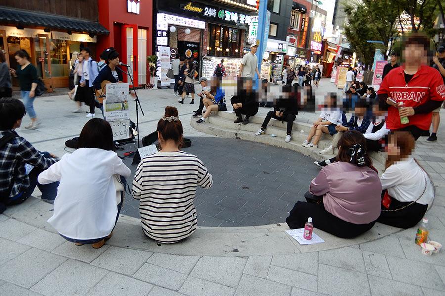 """韓国でも社会問題化する""""路上飲み"""" 現地市民も困惑「我慢できない若者が増えている」"""
