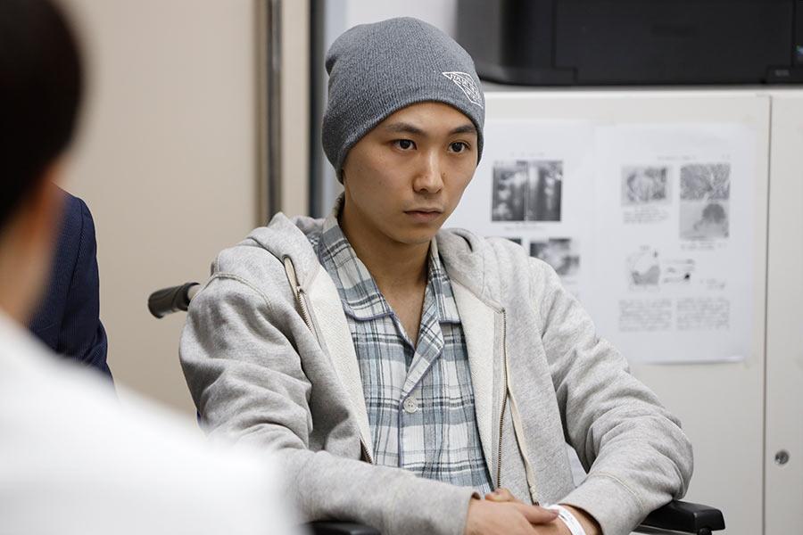 須賀健太、末期がん患者の役で登場【写真:(C)テレビ朝日】