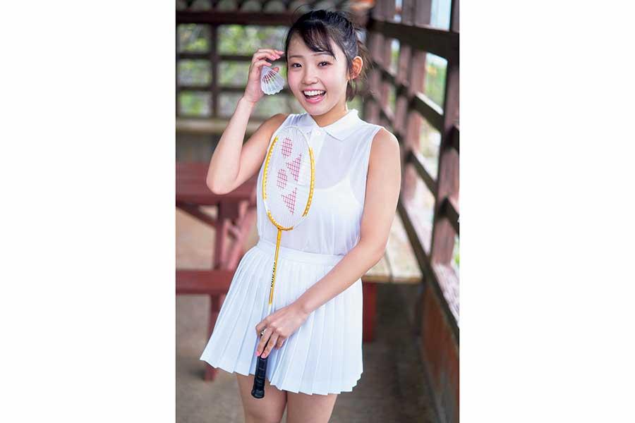 花咲ひよりの1st写真集が第1位に 4月「書泉・女性タレント写真集売上ランキング」発表