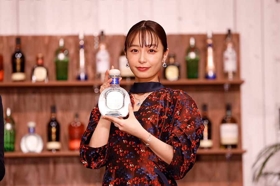 """宇垣美里、バーで1人飲みは「尻込み」 """"初体験""""に意欲「これなら私も行けるかも」"""