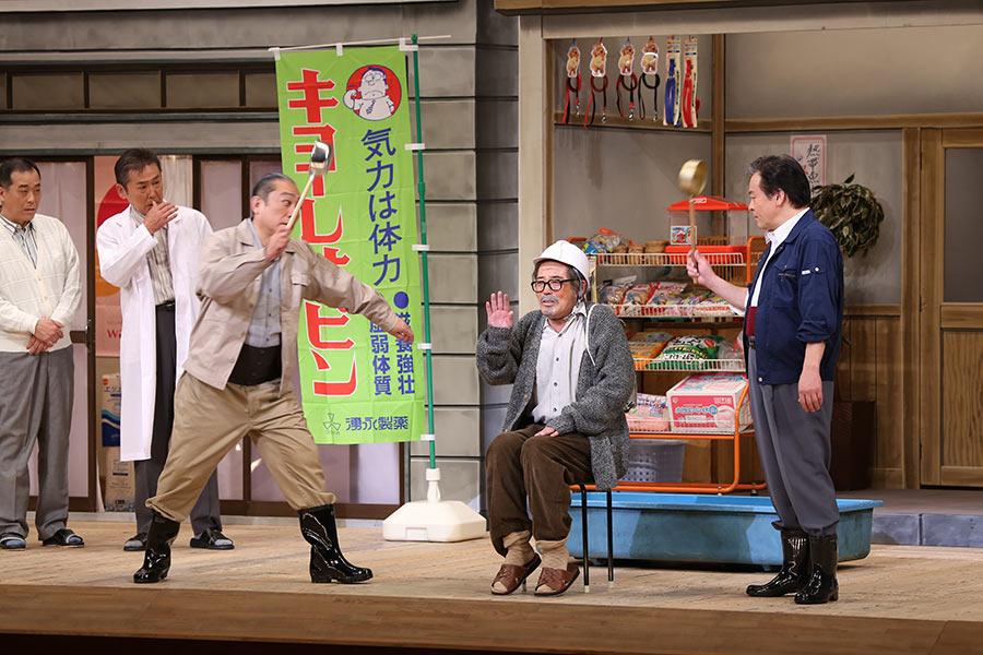「おちょやん」の「鶴亀家庭劇」のモデル「松竹新喜劇」が家族愛描いた人気作無料配信